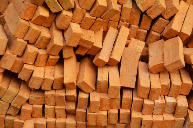 bricks-1345327_1920